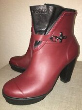 SOREL Deep Red Rubber Ankle Boots With High Heel Size 9