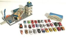 """VINTAGE LOT OF 32 """"MICRO MACHINES CAR WASH CITY VEHICLES & CASE"""" Galoob Toys1985"""