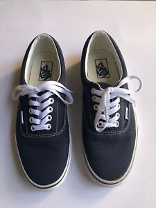 *** NWOT ***  Vans Navy Blue Mens Size 9