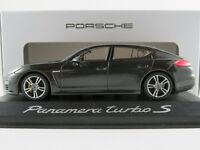 Minichamps/Porsche WAP0206800E Porsche Panamera Turbo S in graumet.1:43 NEU/OVP