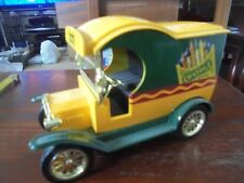 GEARBOX TOYS  - 1912 MODEL T FORD DELIVERY VAN - CRAYOLA LIMITED EDITION