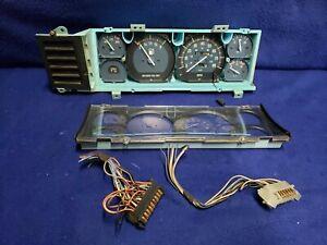 1984-86 AMC Jeep Comanche Cherokee Pioneer Instrument Gauge Cluster 186k mi NICE