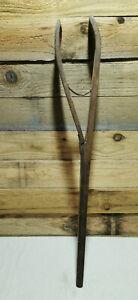 ANCIENNE PINCE A COUDRE DE BOURRELIER SELLIER TRAVAIL DU CUIR  BOI 176