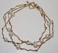 collier ras de cou 3 rangs BICHE DE BERE métal doré et perles blanches nacrées