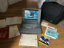 LIKE NEW Toshiba T2130CT vintage laptop 486 / 8 MB RAM Windows 95 MS-DOS floppy