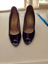 russell and bromley black patent shoes size 4