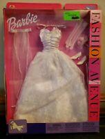 Barbie Fashion Avenue EVENING WEAR 2002 WHITE WEDDING GOWN Clothing NEW