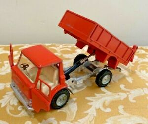 Dinky Toys No. 440 Ford D 800 Tipper (Dump) Truck in Rare Orange Good Original!