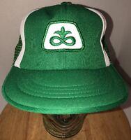 Vintage PIONEER SEEDS 80s Trucker Hat Cap Snapback White Stripes Farming USA WOW