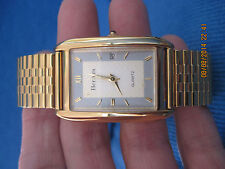 AWESOME Mens HERRERA Gold Rectangle Stretch Band Watch....#7046