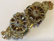 VINTAGE CORO DUETTE ENAMELED WITH RED & CLEAR RHINESTONES FLOWER FUR CLIP BROOCH