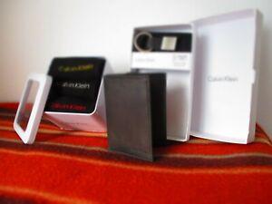 Men Wallet Calvin Klein Tri fold leather + fob key + 3 Crew SOCKS New BOXED