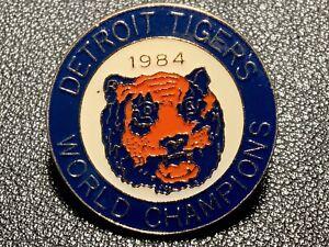 Vintage MLB Pin Detroit Tigers Old Logo 1984