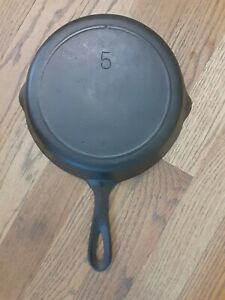 Vintage #5 Cast Iron Skillet Single Notch Lodge  VERY NICE 1-Notch # 5