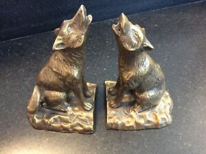 PAIR OF VINTAGE SPI (SAN PACIFIC INT'L) HOWLING WOLF BRASS BOOKENDS