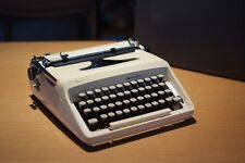 Vintage Remington Ten Forty Sperry Rand Manual Portable Typewriter w/Case, Retro