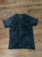Lululemon Metal Vent Mens Black Camo Size Medium M Short Sleeve