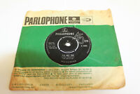 1963 The Beatles - She Loves You 7 Inch Single