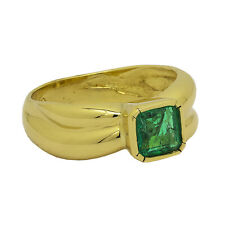 18K Yellow Gold Emerald Ring Size 7 May Birthstone