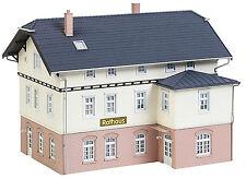 FALLER 130457 Rathaus mit Schule H0 1:87
