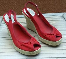 Sandalias cuña y lona roja Oysho 38