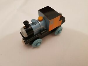 Thomas The Tank Engine & Friends WOODEN BASH WOOD TRAIN COMBINED POSTAGE