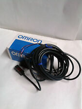 SENSORE FOTOELETTRICO/PHOTOELECTRIC SWITCH OMRON E3S-BT81