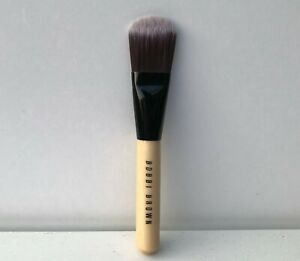 Bobbi Brown Foundation Brush, Medium Size, Brand New!