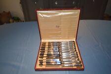 COFFRET DE 12 BEAUX COUTEAUX DE TABLE GUY DEGRENNE MODELE VIEUX PARIS