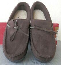 ISOTONER Men's Slippers 8-9 Brown Moccasin Slipper--Memory Foam NEW