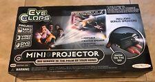 Jakks Pacific Eye Clops Mini Projector w/battery power stand & Speaker New inNox