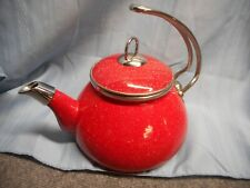 CROFTON TEA KETTLE RED SPECKLED 2.3 QT