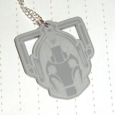 80s Retro Kitsch Dr Who Cyberman Robot Grey acrylic Engraved keyring
