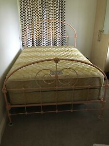 Antique Cast Iron Bed With Mattress. Beautifully Ornate Ironwork