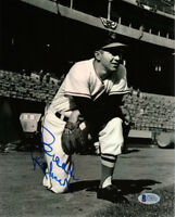 BROOKS ROBINSON SIGNED 8x10 PHOTO BALTIMORE ORIOLES LEGEND BECKETT BAS