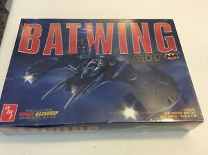AMT BATMAN BATWING MODEL 1/25 SCALE NEW SEALED BOX HAS SOME DAMAGE