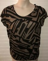 Women's Sz 2X Knit Top Shirt Tan Black Short Sleeve NEW