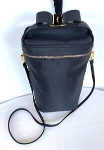 Vtg SALVATORE FERRAGAMO Vara Bow Wine Carrier Bag Black Grosgrain Crossbody