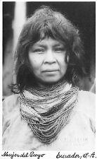 Bg32701 meujer del puyo ecuador types folklore woman
