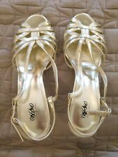 Massimo Womens strappy shinny Silver High Heel Sandals shoes Size 7