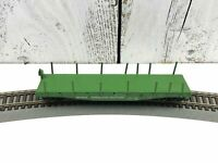 HO Scale - Athearn - Burlington Northern 40' Flat Car Train BN #43690 w/ Stakes
