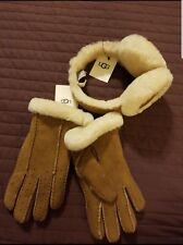 Brand New Ugg Earmuffs and Glove Bundle