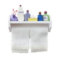 Puppenhaus Baby Hygieneartikel & Weiß Handtücher Auf Regal Miniatur Bad Zubehör