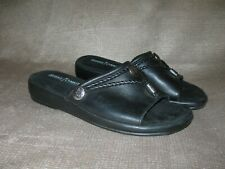 Minnetonka Silverthorn slides. Black leather. Sz 8M. GORGEOUS!