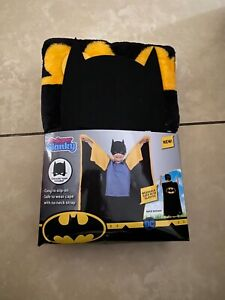 Batman Super Blanky - All in One Cape & Throw with Bonus Batman Mask - Gotham