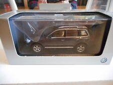 Minichamps VW Volkswagen Touareg in Dark Grey on 1:43 in Box