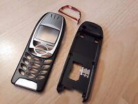 KOMPLETTE & NEUE Beschalung für Nokia 6310 und Nokia 6310i in schwarz-silber !!!
