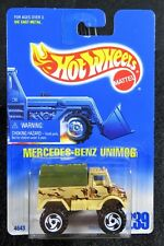 1992  Hot Wheels  Camouflage  Mercedes Benz Unimog   Card #239   HW-21-111717