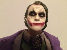 Batman Custom 1/6 Heath Ledger Joker w/ gun and 4 hands EYES MOVE - NOT HOT TOYS
