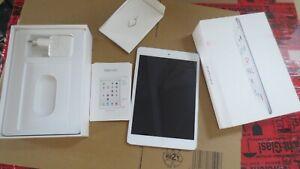 "Apple iPad Mini 2 16GB [7,9"" WiFi + Cellular] silber - SEHR GUT OVP  ,  #sp600#"